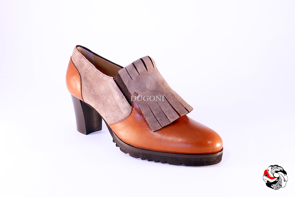 Mocassino accollato con frangia cuoio </br> D670 Outlet