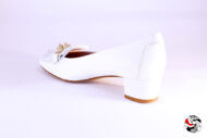 Mocassino bianco con catena </br> D860 Outlet