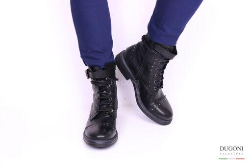 Anfibio borchiette e cinturino </br> D949 Scarpe donna